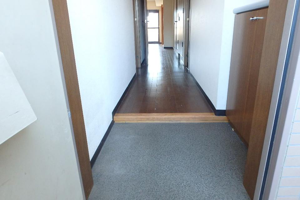 玄関口をリフォーム